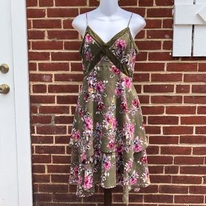 White House Black Market Two Tier Rose Dress 4